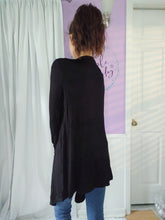 Load image into Gallery viewer, Tess Cardigan in Black (S-XL)