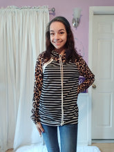 Load image into Gallery viewer, Leopard Stripe Double Hoodie