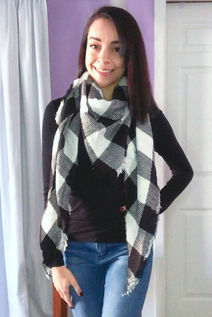 Buffalo Plaid Half Size Blanket Scarf in Ivory