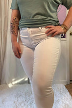 Load image into Gallery viewer, Ivey White Skinny Jeans (3-15)