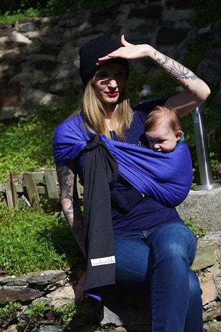 Je Porte Mon Bebe Little Wrap without a Knot (Ring Sling)
