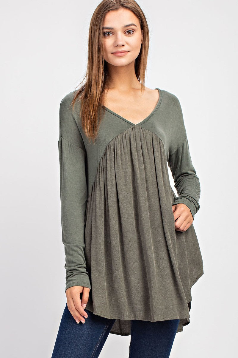 Olive T-Back Flowy Top - Red and Moon