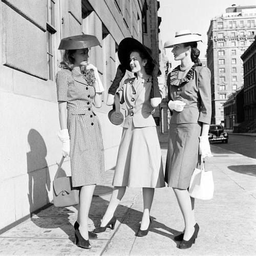 fashion history, 1940s fashion, American Look, new york fashion, skirt suit, dress