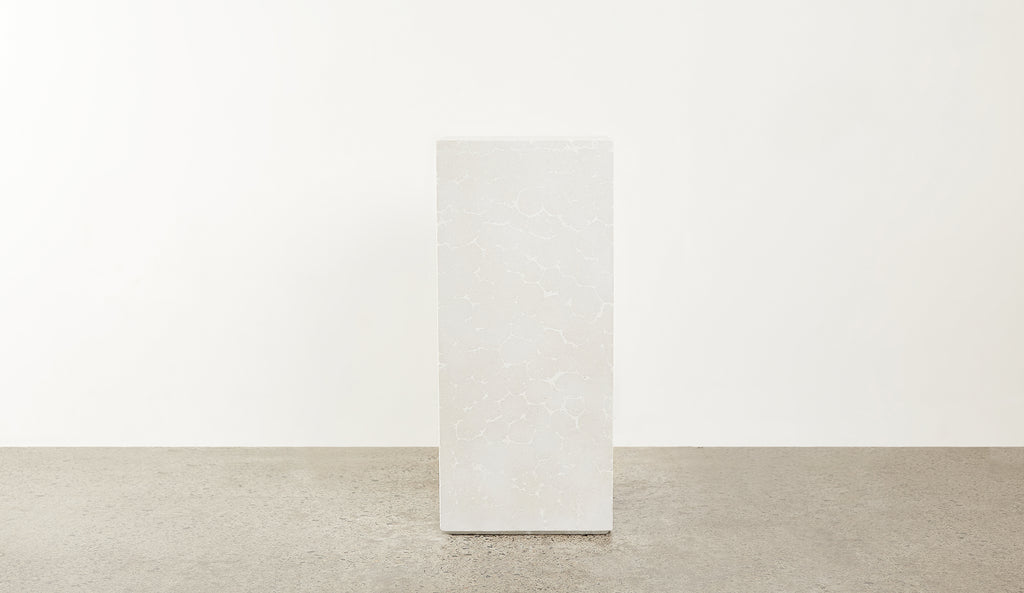 N E W | Hand-pressed concrete plinth - Tall