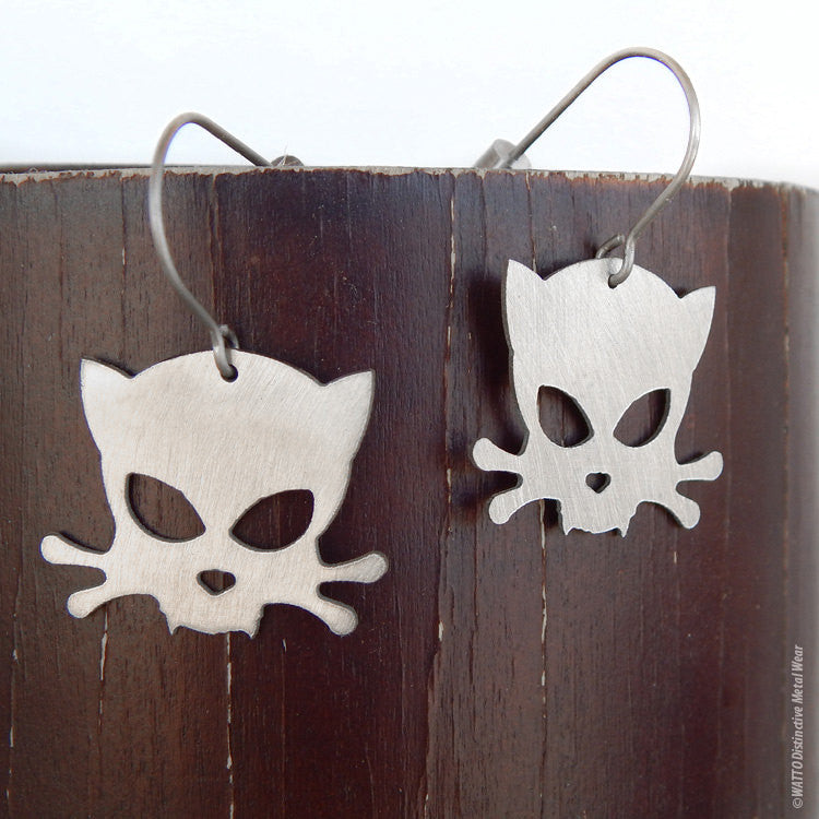 Outlaw Kitty stainless steel earrings