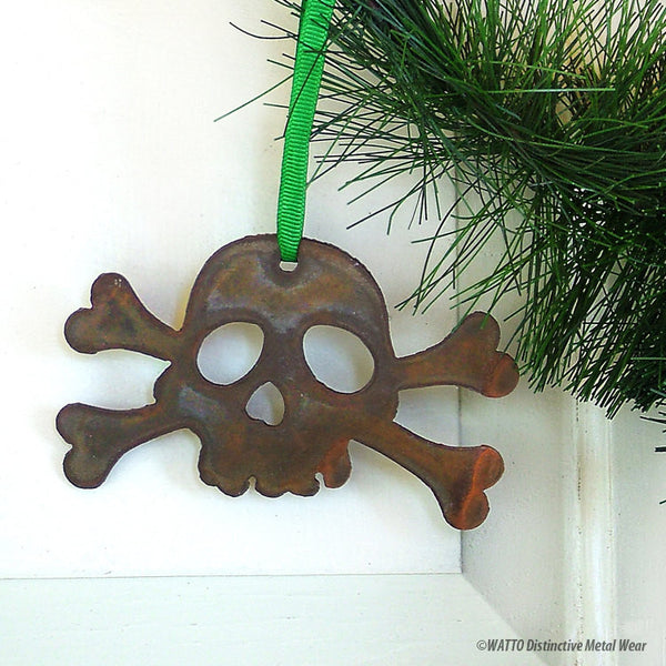 jolly rogers skull ornament