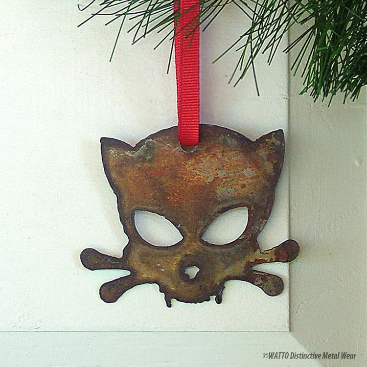 Outlaw Kitty ornament