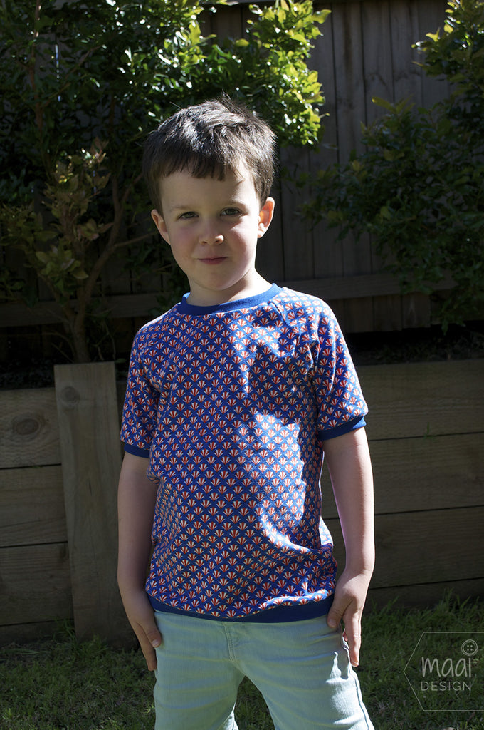 Raglan T-shirt in Froy&Dind knit fabric - MaaiDesign blog
