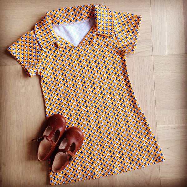 Retro dress in Froy&Dind knit fabric - MaaiDesign blog