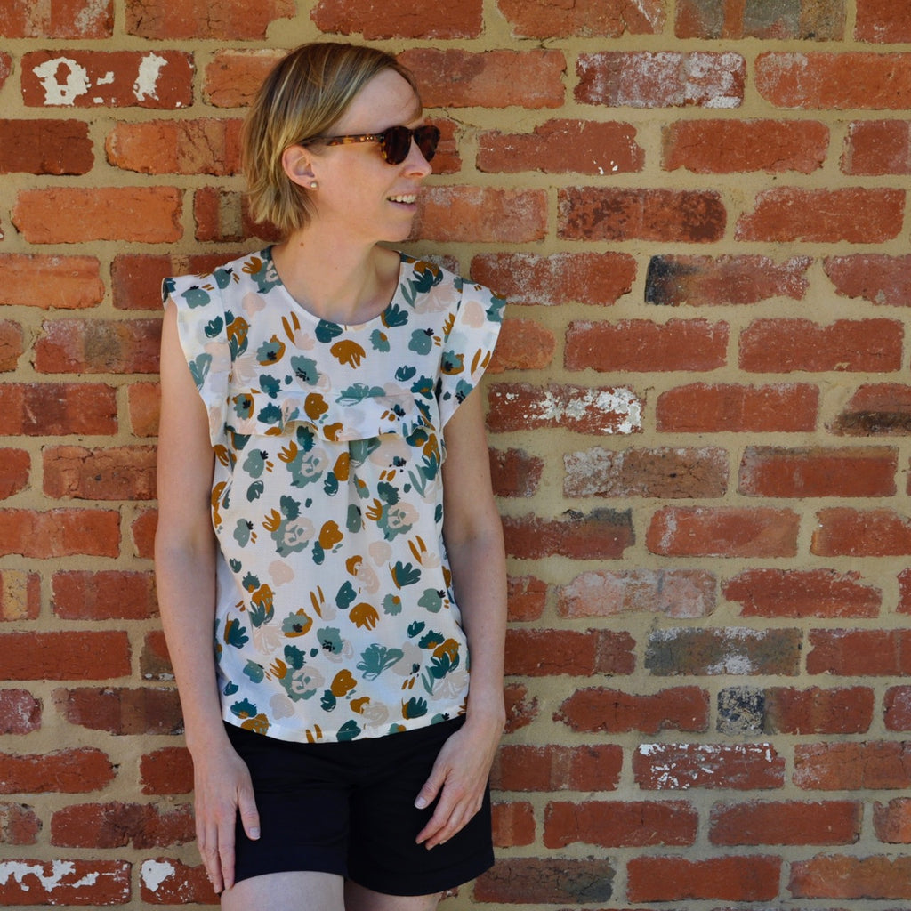 crystal top by La Maison Victor - in posie green viscose dobby by Atelier Brunette - MaaiDesign blog