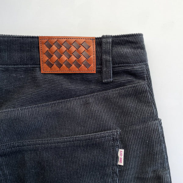 morgan jeans in corduroy with leather patch