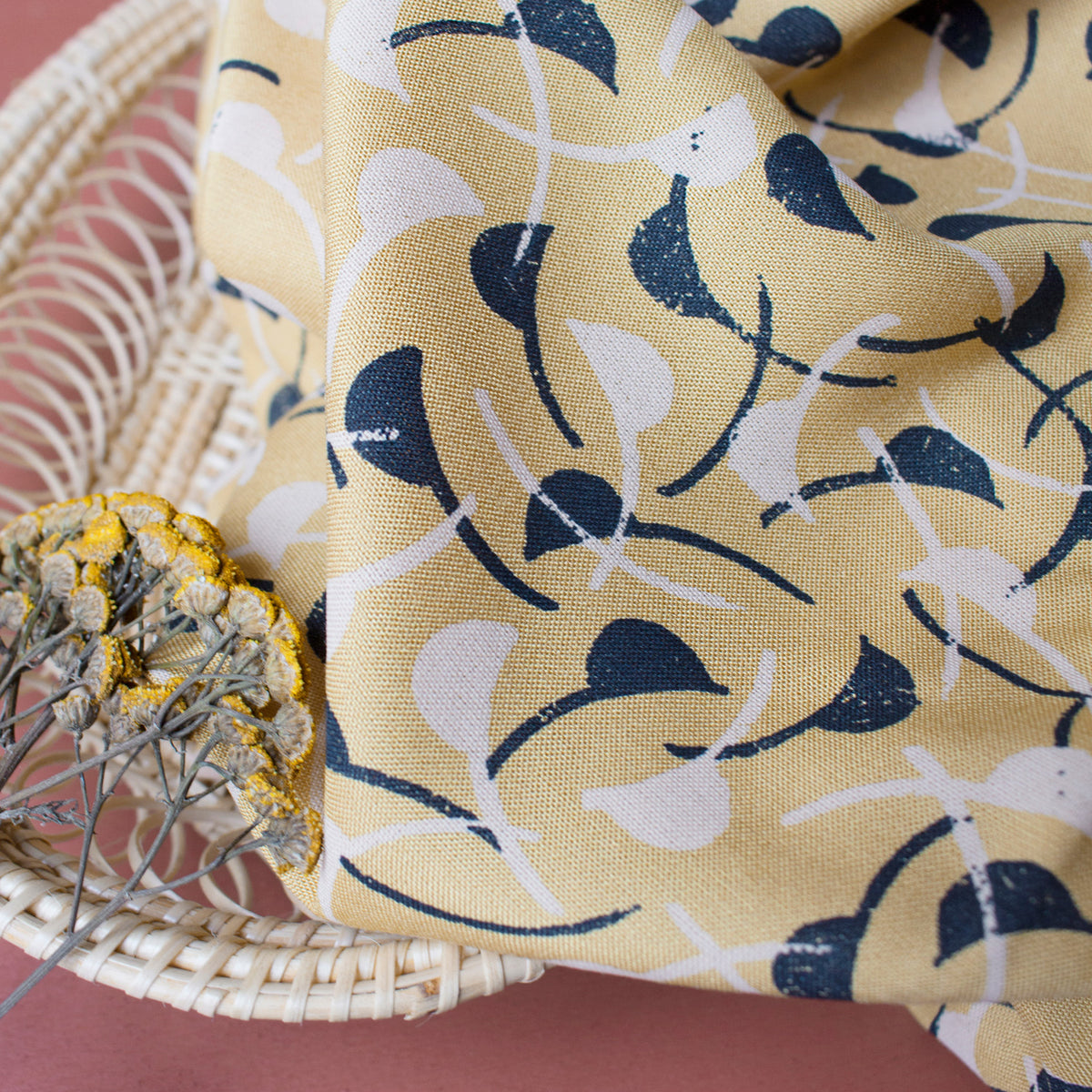 Atelier Brunette - Windy Mustard - Viscose - MaaiDesign