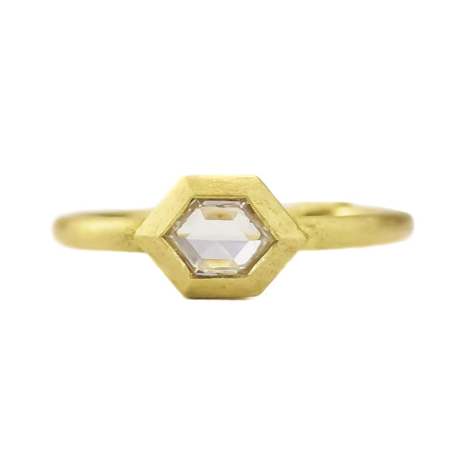SIGNATURE GEO BEZEL HEX RING