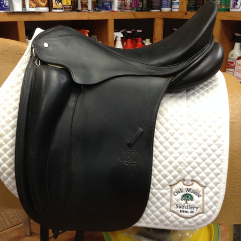 2003 Schleese Canterbury Dressage Saddle - 18""