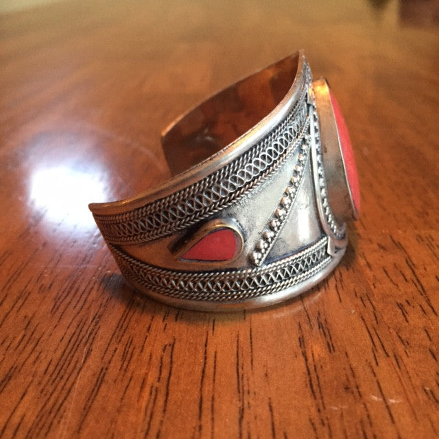 Pakistani Juliet Cuff