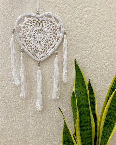 Triple Raffia Crochet Dreamcatcher