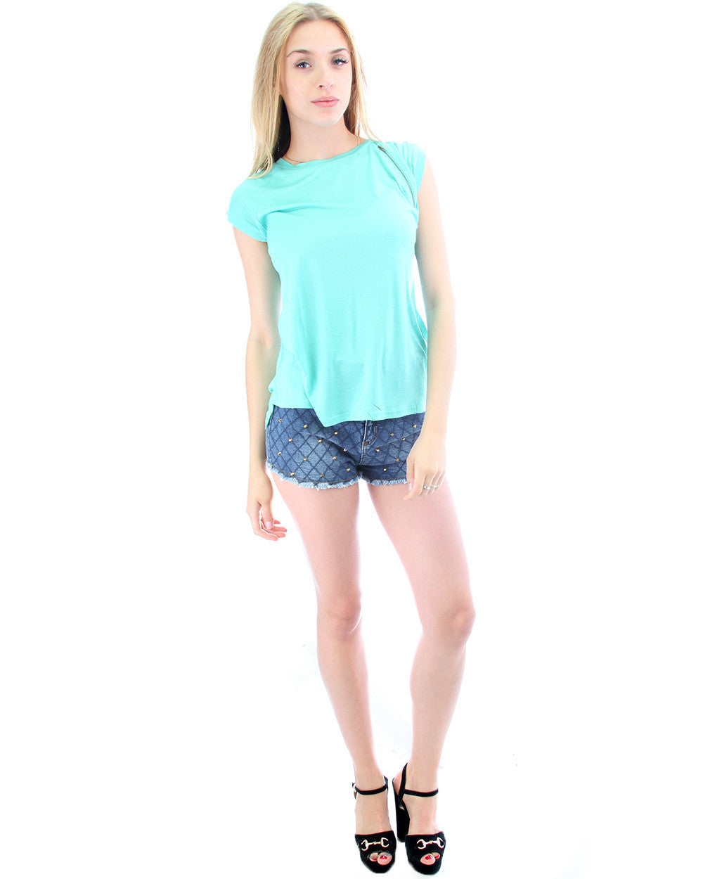 Loose Fitting Tee with Zipper in Spearmint