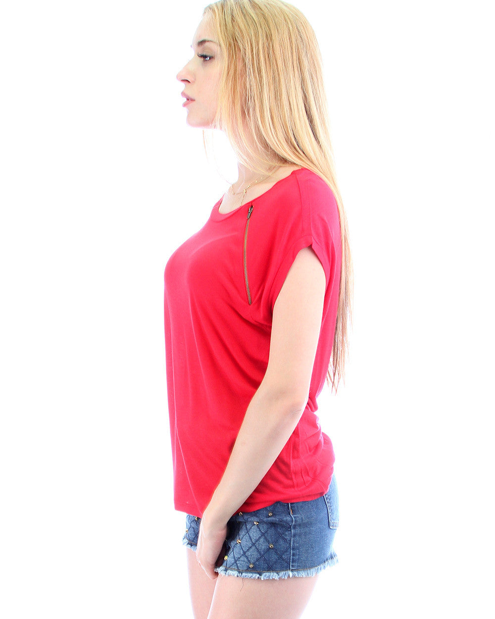 Loose Fitting Tee with Zipper in Red