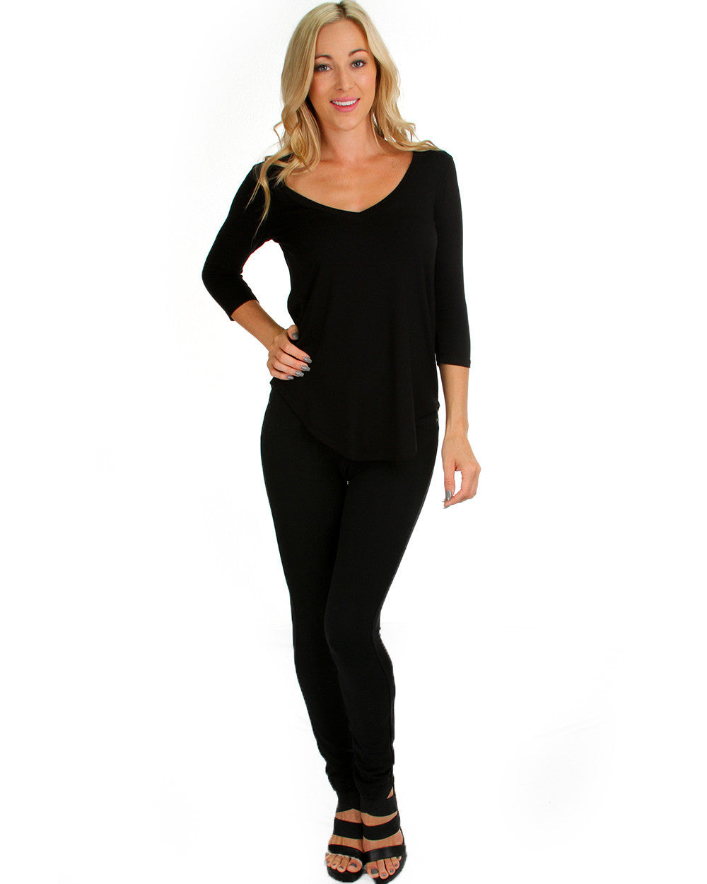 Madly Deep V-Neck Long Sleeve Top In Black