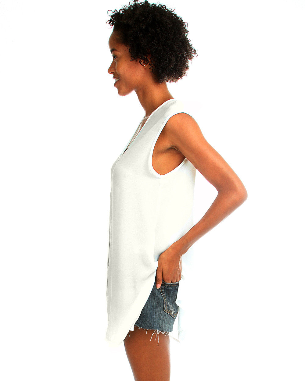 Day Dreamer Button Down Tunic Top In Natural