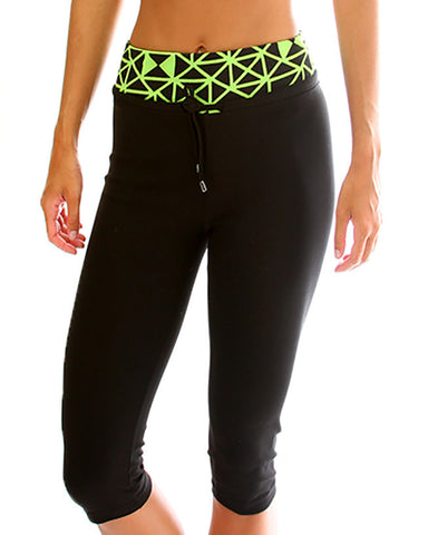 Green Geo Print Lyss Loo Work it Out Active Capri Pants