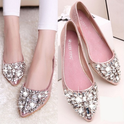 Women Elegant Pointed Toe Crystal Flat Shoe