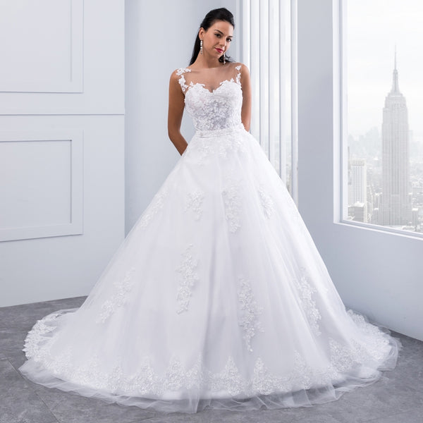 Ball Gown Lace Appliques Sleeveless Bridal Gowns Crystal Sashes Wedding Dresses