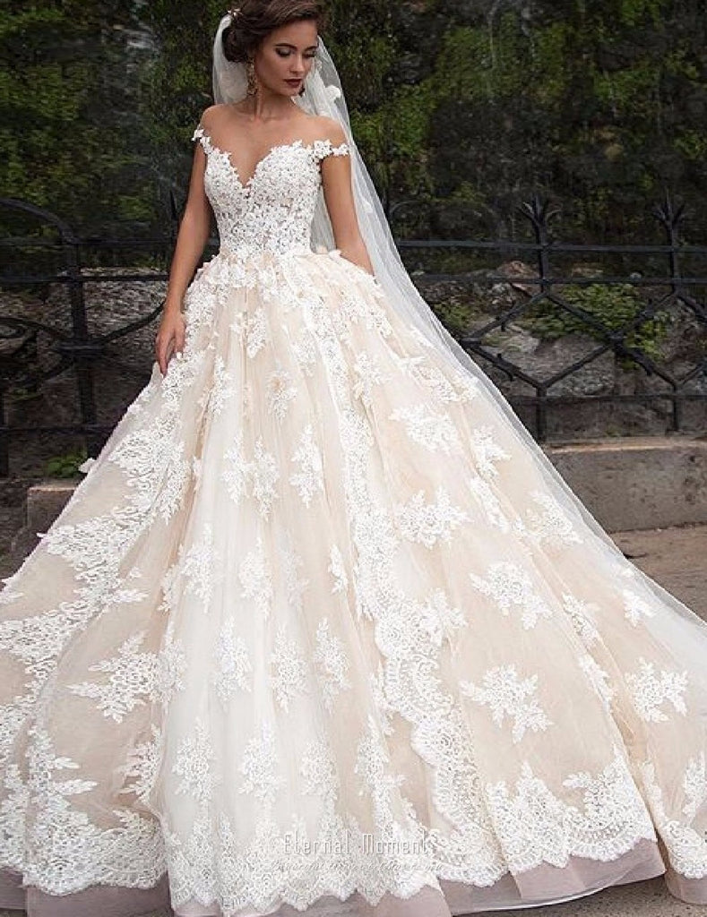 Luxury Lace Ball Gown Shoulder Princess Bridal Dress Gown – Essish