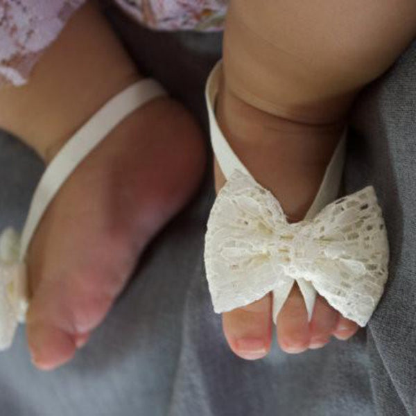 Newborn Baby Shoes Mini Flower Foot Crib Foot Anklet Lace Bowknot Chain Accessories For Child Sandals
