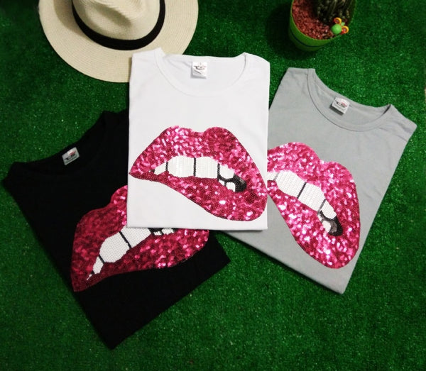 Embroidered Lips Sequins T-shirt