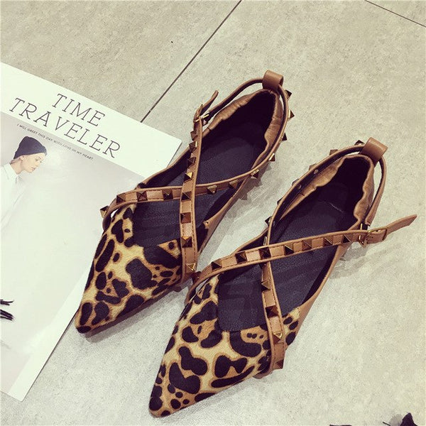 Sexy Women Pointed Toe Luxury Fashion Leopard Women's Flats Rivets Shoes