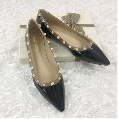 Women Rivets Point Toe Patent Leather Flats Rubber Sole Rivets Sandals  Ladies Casual Flat Shoes