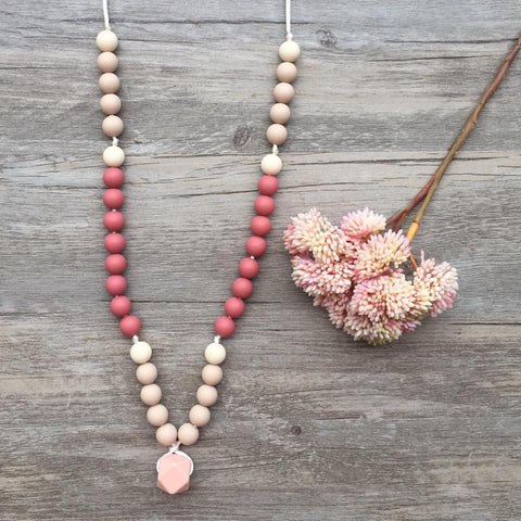 Adult Teething Necklace - Charlotte (Blush)