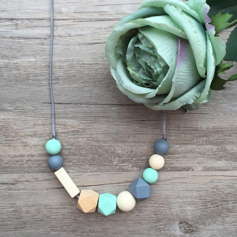 Adult Teething Necklace - Lucille (Mint)
