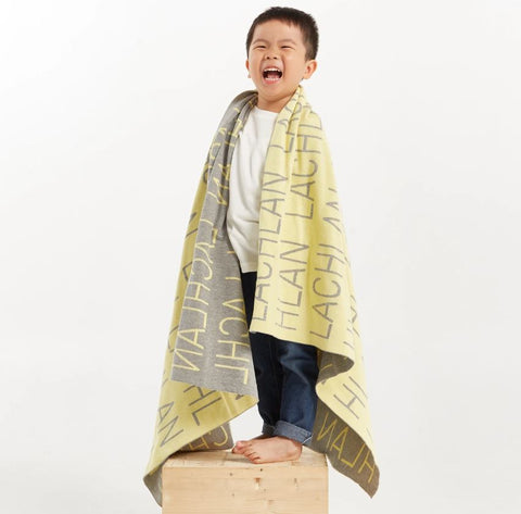 Personalized Blanket (Light Yellow Background)25-30 days