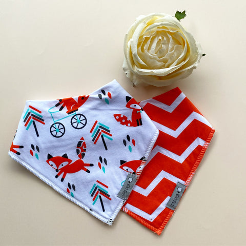 Willy & Fox Bib Set