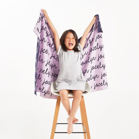Personalized Blanket (Light Purple Background)25-30 days