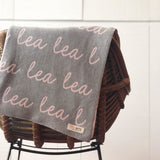 Personalized Blanket (Light Grey Background)25-30 days