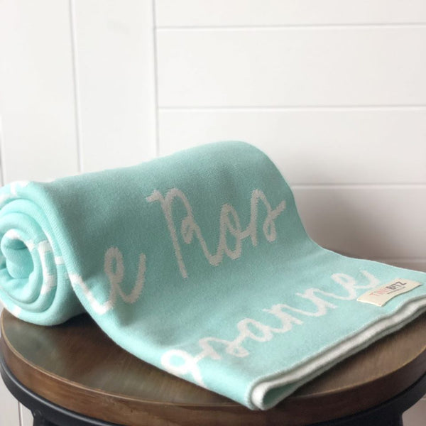 Personalized Blanket (Mint Background)25-30 days