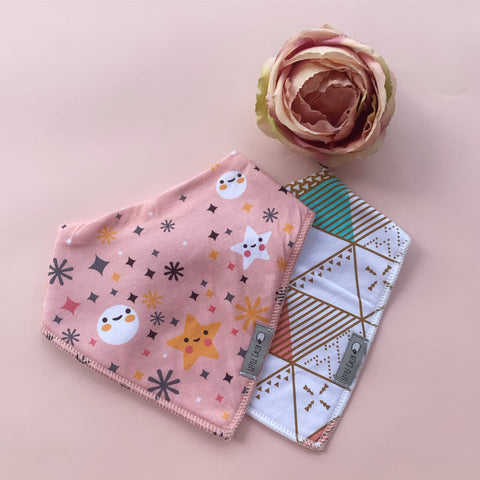 Twinkle Star & Triangle Pattern Bib Set