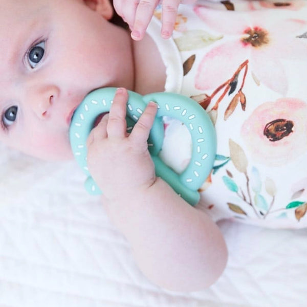 Personalized Pretzel Teether(MINT)