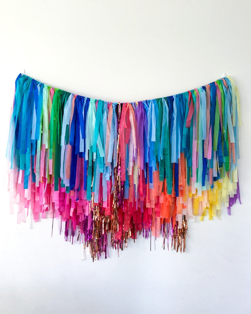 Wild Thing Streamer Hanging