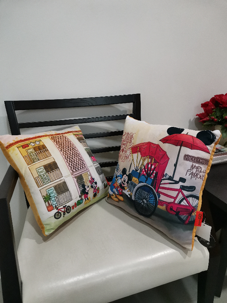 Square Cushion Disney Go Local X Mickey Donald Duck - Iconic Beca