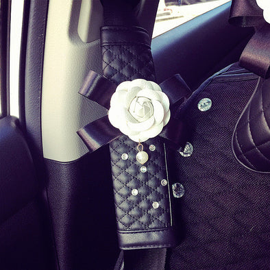 Leather seat belt cover with Camellia and Rhinestones - Carsoda - 2