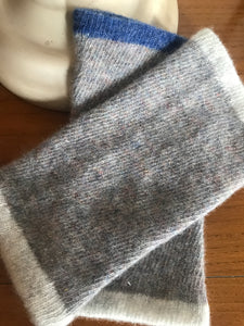 Diagonal knit Hand warmers