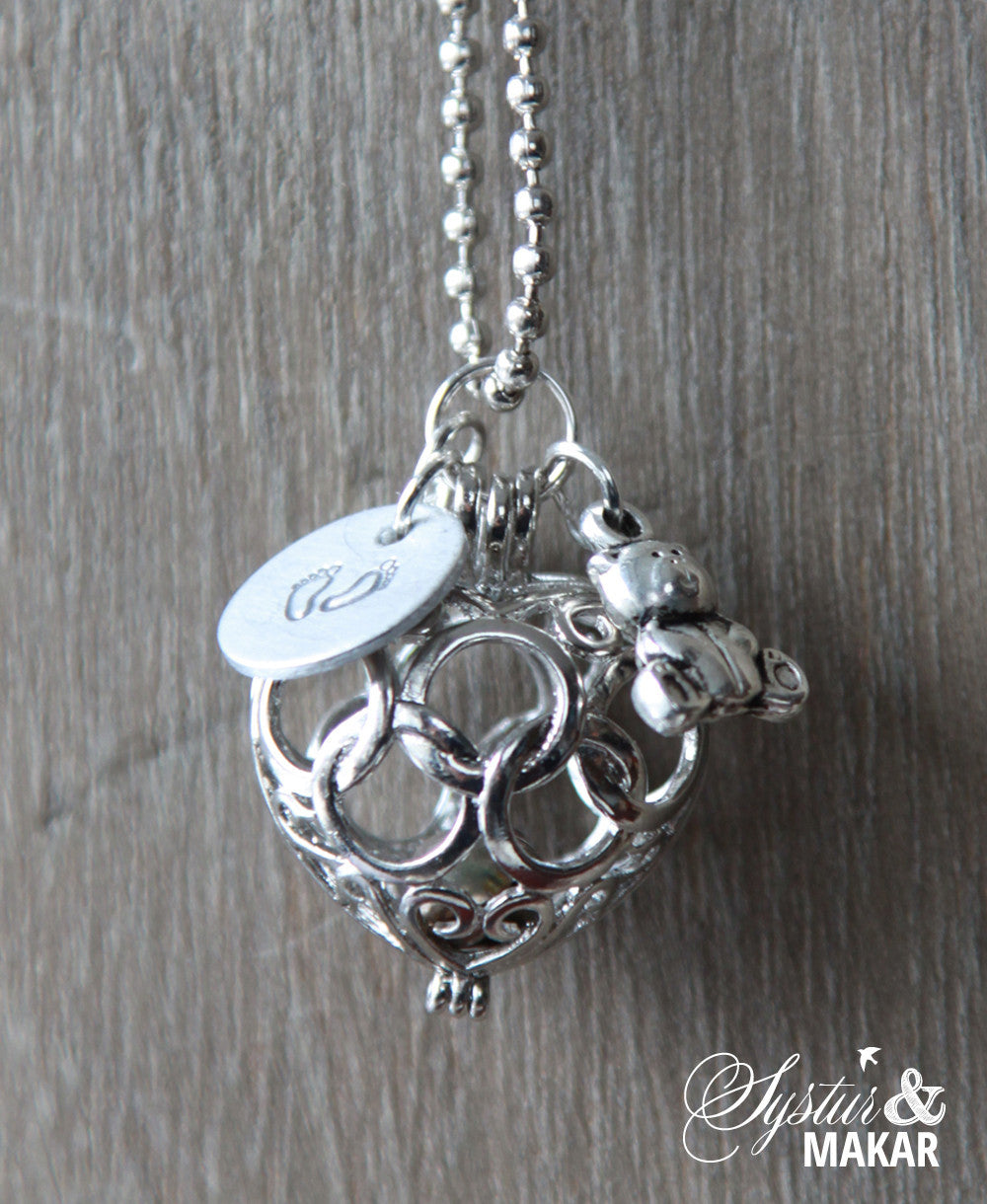 Mommy pendant systur makar mommy pendant aloadofball Image collections