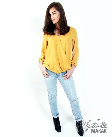 Shirt twist yellow