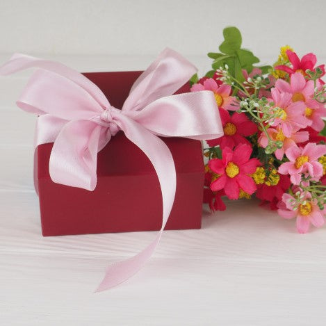 R & S Gift Boxes