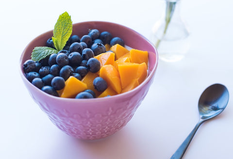 Mango, blueberry & mint breakfast salad