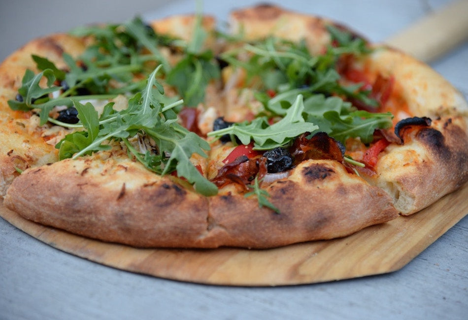 Roasted cherry tomato, rocket & mozzarella pizza